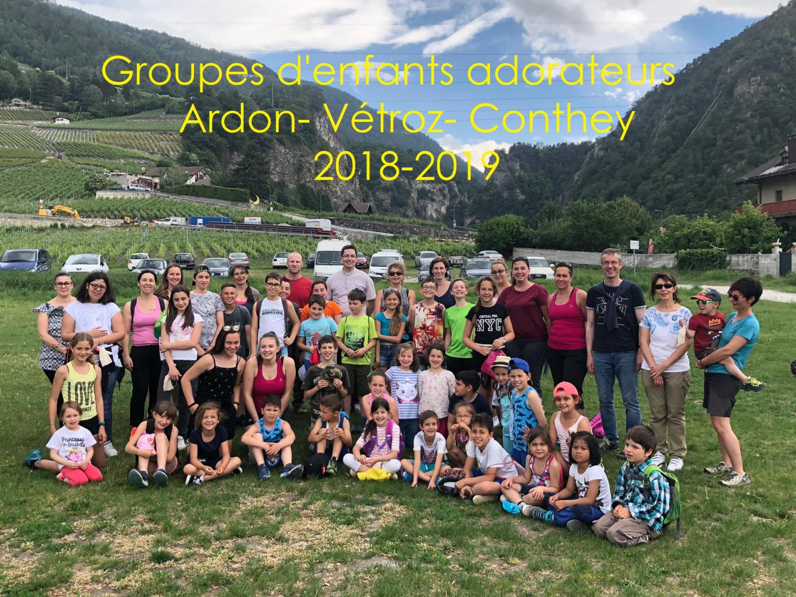 Photo Enfants adorateurs Vétroz Ardon